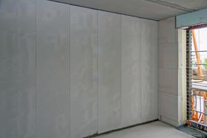 Mit Schnellbau-Elementen von Porit lassen sich nichttragende Innenwände schnell und einfach montieren.