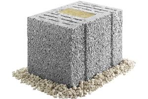 """Ein Steckling genügt: Der neue KLB-Planblock """"SK09"""" vereint gute bauphysikalische Eigenschaften mit leichter Verarbeitung – und das zu einem attraktiven Preis-Leistungsverhältnis. Auf diese Weise ermöglicht der SK09 sogar den monolithischen Bau von staatlich geförderten KfW-Effizienzhäusern"""