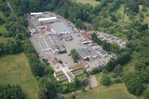 Birco-Stammsitz im Herrenpfädel, Baden-Baden: eine Hightech-Produktionsstätte mitten im Grünen.<br />