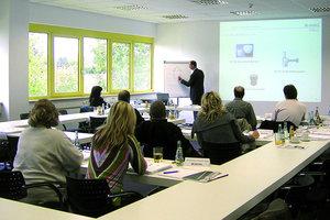 Die Inhalte der Kessel-Seminare sind eng auf die Berufspraxis und die Bedürfnisse der Teilnehmer zugeschnitten. Neu im Programm sind Lehrgänge rund um die Instandhaltung von Entwässerungs-Produkten<em>Foto: Kessel</em>