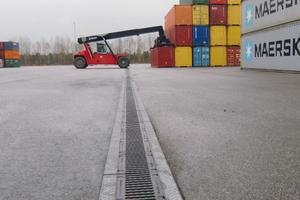 Am BMW Standort Wackersdorf musste die Entwässerung den besonders hohen Radlasten von Container-Staplern standhalten<br />