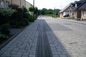 3Die Querschnitte der Straßen wurden so ausgelegt, dass Niederschlag auch bei Starkregenereignissen über die Rinnensysteme sicher abfließt<br /><br />