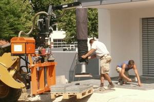 Der Optimas Vacu-Lift kann bis zu 140 kg heben und bewegen