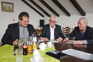 Dipl.-Ing. (FH) Jürgen Thelen, Dipl.- Ing. (FH) Hans-Willi Bienentreu und Dipl.-Ing. (FH) Franz Görtz (v. li.)
