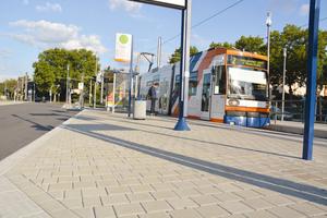 Die Rhein-Neckar-Verkehr GmbH setzt seit Jahren bei Neubauten im Rahmen des ÖPNV-Ausbaus in Mannheim auf das verschiebesichere Pflastersystem CombiStabil.