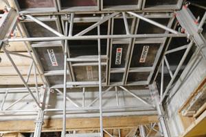 Die MEPGerüsttürme mit Gerüstbelägen, Durchstiegsluken und Leiteraufstieg.