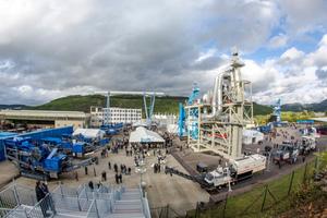Nicht weniger als 19 Exponate, und damit einen Querschnitt aus dem umfangreichen Produktprogramm der Wirtgen Group Mineral Technologies, bekam das Fachpublikum in der Maschinenausstellung zu sehen.