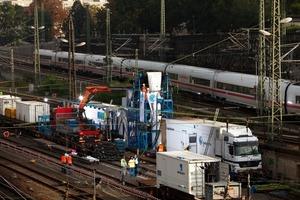 Am Hauptbahnhof Dresden wurde ein 340 m langer Mischwasserkanal DN 1000/1500 mittels Schlauchlining saniert<br />