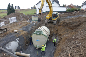 Beim Bau eines neuen Stauraumkanals und einer Regenrückhaltung setzte die Stadt Winterberg auf GFK-Rohre und -Systeme von Amiantit.<br />