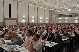 Grundstücksentwässerung füllte den Goldsaal der Dortmunder Westfalenhallen bis auf den letzten Platz. Rund 420 Fachbesucher informierten sich auf dem 3. Deutschen Tag der Grundstücksentwässerung am 25./26 Main 2011<br />