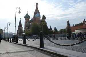 Recyfix Plus Rinnen auf dem Roten Platz in Moskau. Auch die sehr kalten Winter können der Entwässerung nichts anhaben.