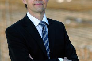 Univ.-Prof. Dr.-Ing. Christoph Motzko, Vizepräsident, Geschäftsführender Direktor, Institut für Baubetrieb, Technische Universität Darmstadt. Der studierte Bauingenieur kam 1998 zum GSV (Ausschuss B) und agiert seit 1999 als Vorsitzender<br />