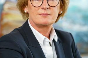 Dir.'in Dipl.-Ing. Elfriede Sauerwein-Braksiek, nneue Vorsitzende der Forschungsgesellschaft für Straßen- und Verkehrswesen e. V. (FGSV)