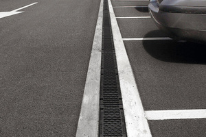 Recyfix-Rinne-Parkplatz.